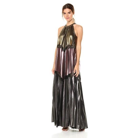 75588b8c5eb BCBGMAXAZRIA Alyson Metallic Color-Blocked gown